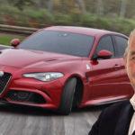 Alfa Romeo Giulia rossa in pista che affronta una curva e sbanda con immaggine di Toti Costanzo